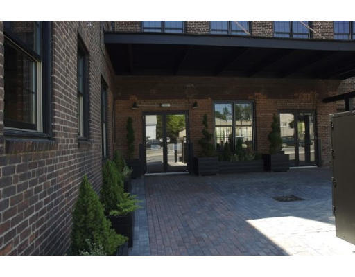Lofts.com apartments, condos, coops, houses & commercial real estate - Marlborough Lofts (Condo)