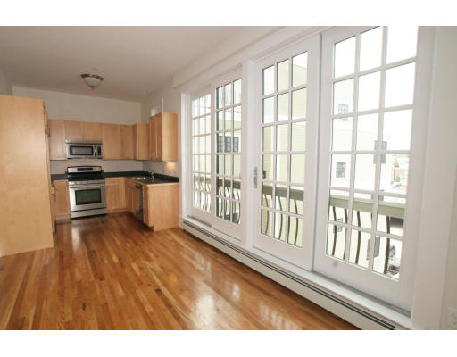 80 Webster Avenue, #2M