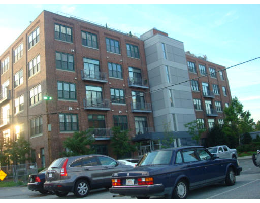 Lofts.com apartments, condos, coops, houses & commercial real estate - Everett Lofts (Condo)