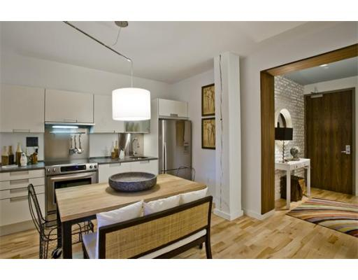 Lofts.com apartments, condos, coops, houses & commercial real estate - Seaport District Lofts (Condo)